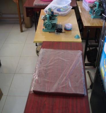 Gehandicaptenschool in Ruma Tigah: aanschaf naaimachines
