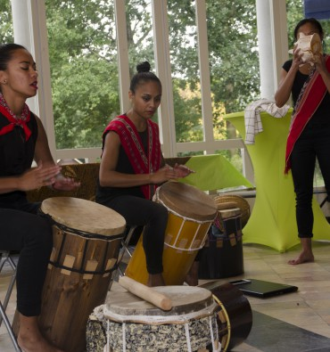 Tifagroep Tiga Batang Rumah tijdens de Domilianadag 2015